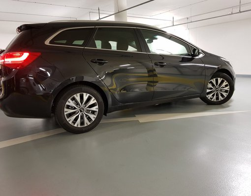 Cheap Kia Cee'd SW, 1.6 litres for rent in  Czechia