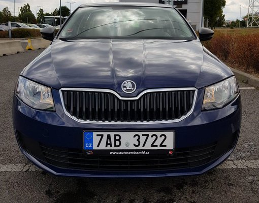 Rent a Śkoda Octavia III kombi in Prague Czechia