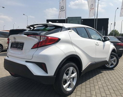 Toyota C-HR, Petrol car hire in Czechia