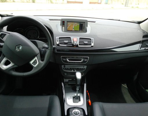 Renault Megane, Automatic for rent in  Prague