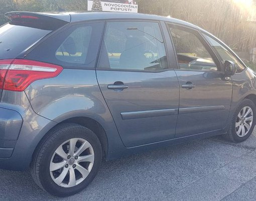 Citroen Picasso, Automatic for rent in  Bar
