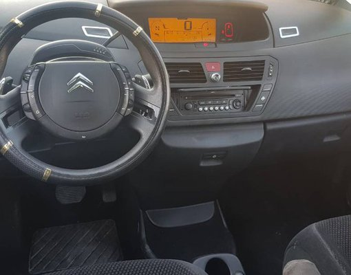 Cheap Citroen Picasso, 1.6 litres for rent in  Montenegro