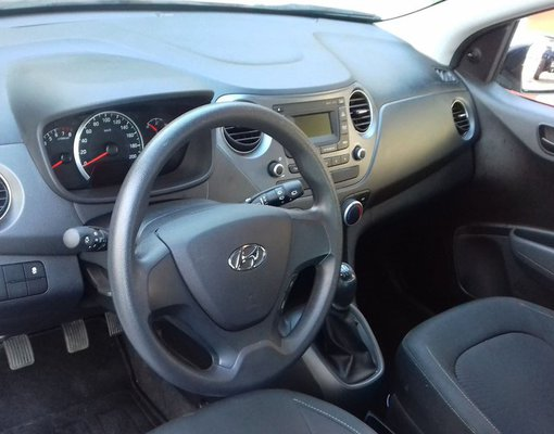 Hyundai i 10, Petrol car hire in Greece