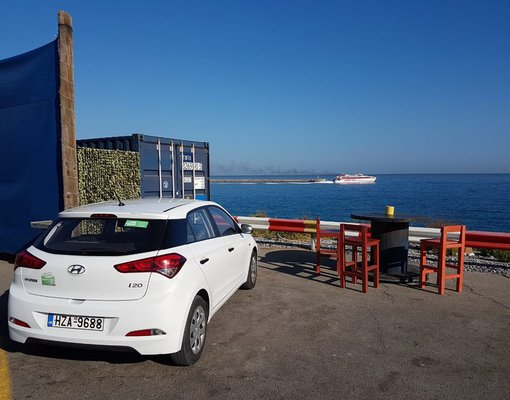 Hyundai i20 Automatic, Petrol car hire in Greece