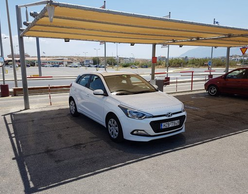 Rent a Hyundai i20 Automatic in Heraklion Greece