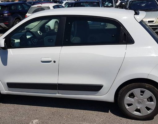Cheap Renault Twingo, 1.0 litres for rent in Crete, Greece