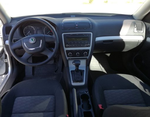 Skoda Octavia, Automatic for rent in  Tivat