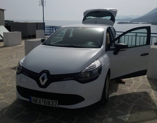 Rent a Renault Clio in Heraklion Greece