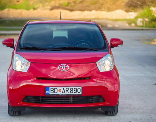 Toyota IQ, Manual for rent in  Budva