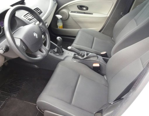 Cheap Renault Megane, 1.5 litres for rent in  Montenegro
