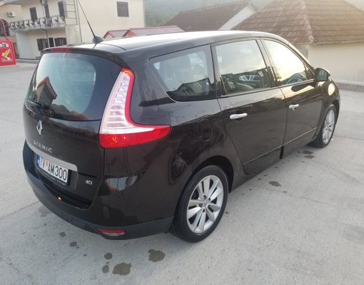 Renault Grand Scenic, Automatic for rent in  Tivat