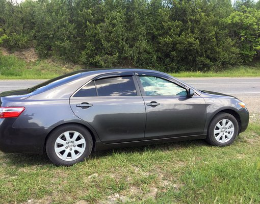 Toyota Camry, Hybrid car hire in Georgia