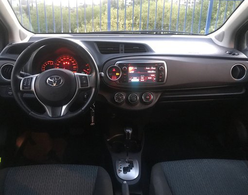 Toyota Yaris, Automatic for rent in  Rafailovici
