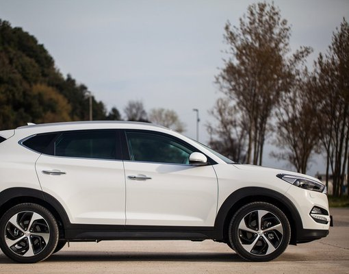 Hyundai Tucson, Automatic for rent in  Budva
