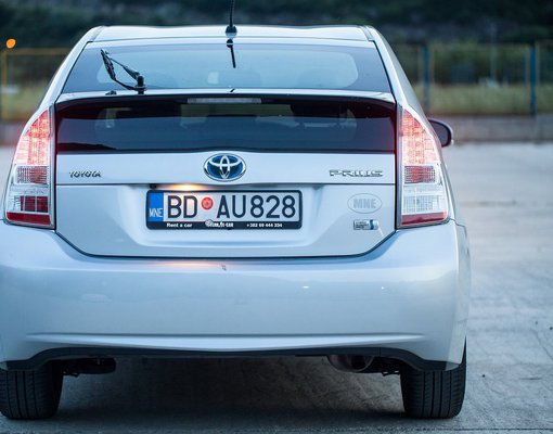Cheap Toyota Prius, 1.8 litres for rent in  Montenegro