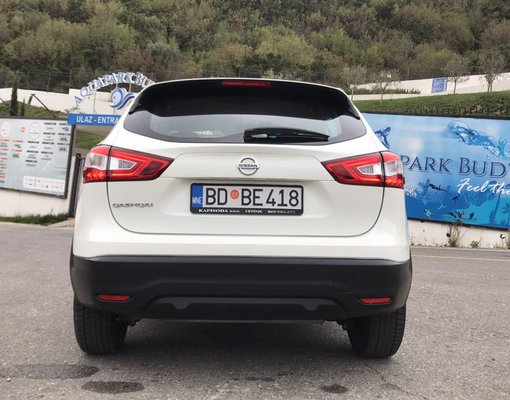 Nissan Qashqai, 2016 rental car in Montenegro