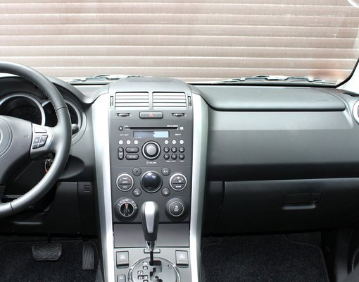 Suzuki Grand Vitara, Automatic for rent in  Yerevan