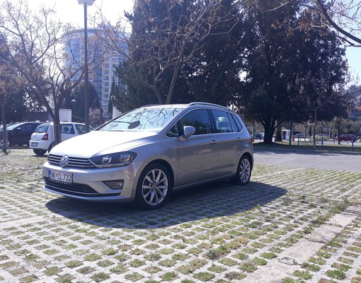 Volkswagen Golf 7+, Automatic for rent in  Budva