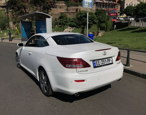 Lexus Is cabrio, Automatic for rent in  Tbilisi