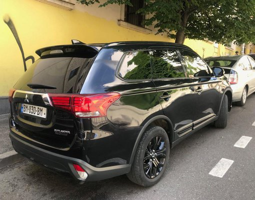 Mitsubishi Outlander XL, Automatic for rent in  Tbilisi