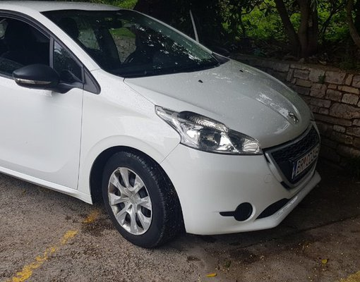 Peugeout 208, Diesel car hire in Montenegro