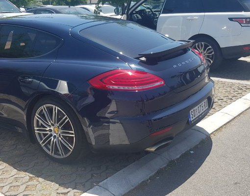 Cheap Porsche Panamera, 3.0 litres for rent in  Montenegro