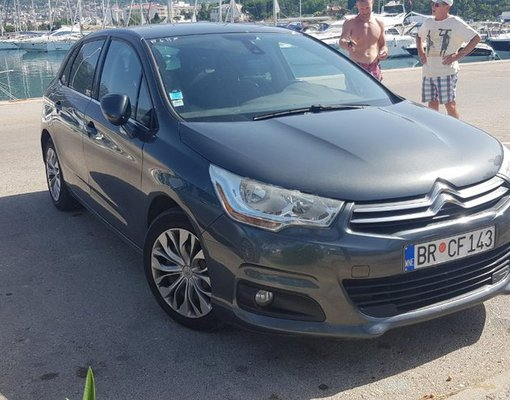 Cheap Citroen C4, 1.6 litres for rent in  Montenegro
