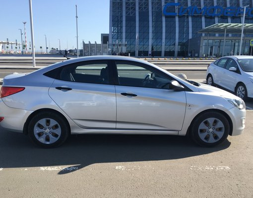 Hyundai Solaris, Petrol car hire in Crimea