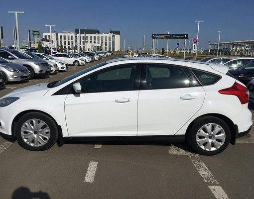 Rent a Ford Focus HB in Simferopol Airport (SIP) Crimea