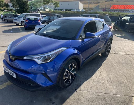 Toyota C-HR, Petrol car hire in Georgia