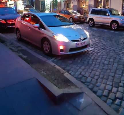 Cheap Toyota Prius, 1.8 litres for rent in  Georgia