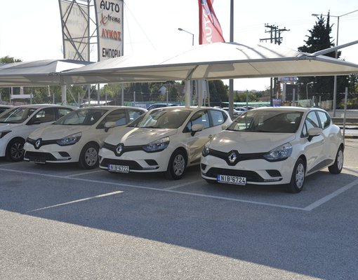Rent a Renault Clio in Thessaloniki Greece