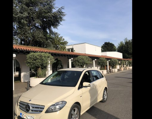 Cheap Mercedes B180, 1.8 litres for rent in  Montenegro